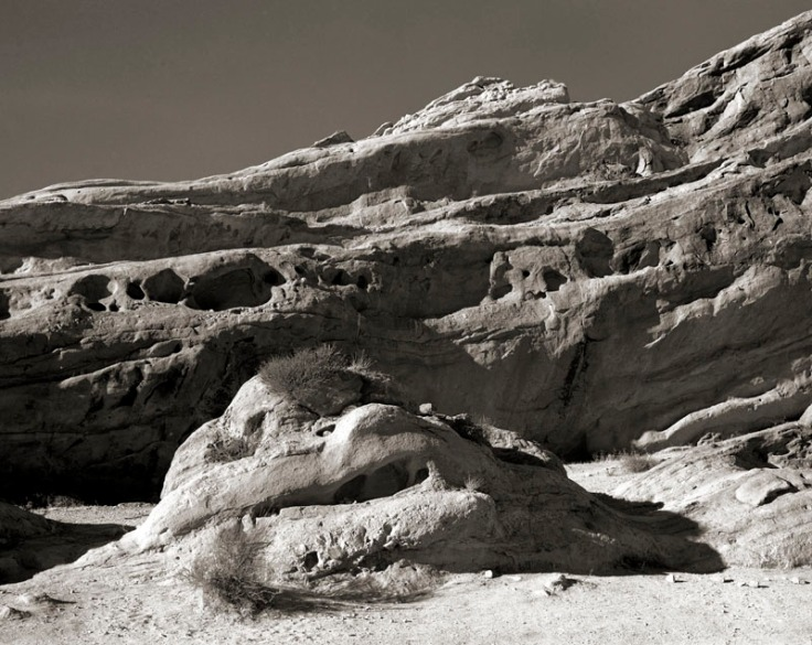 078-weathered-rock