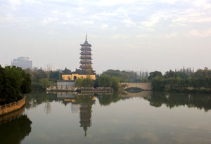 Pagota_South_Lake_JiaXing