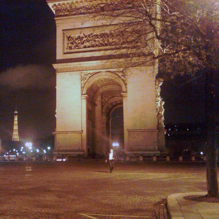 Paris_Nuit_Stockdale_2011