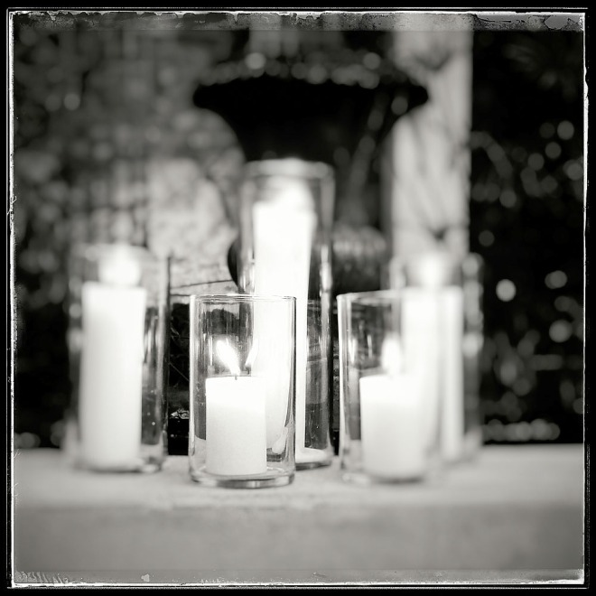 10-10-15_Valdez_wedding_candles_221429-03