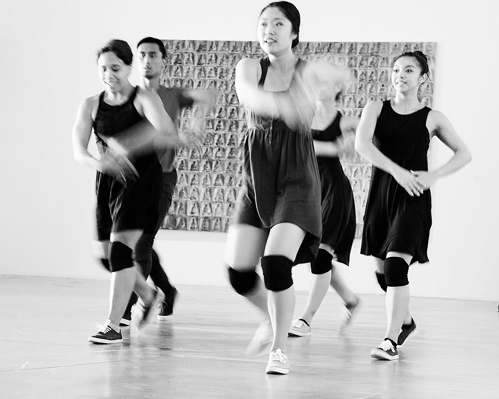 06-12-16 OCMA Re-borN Dance Interactive_KI6A2808v2_B-W