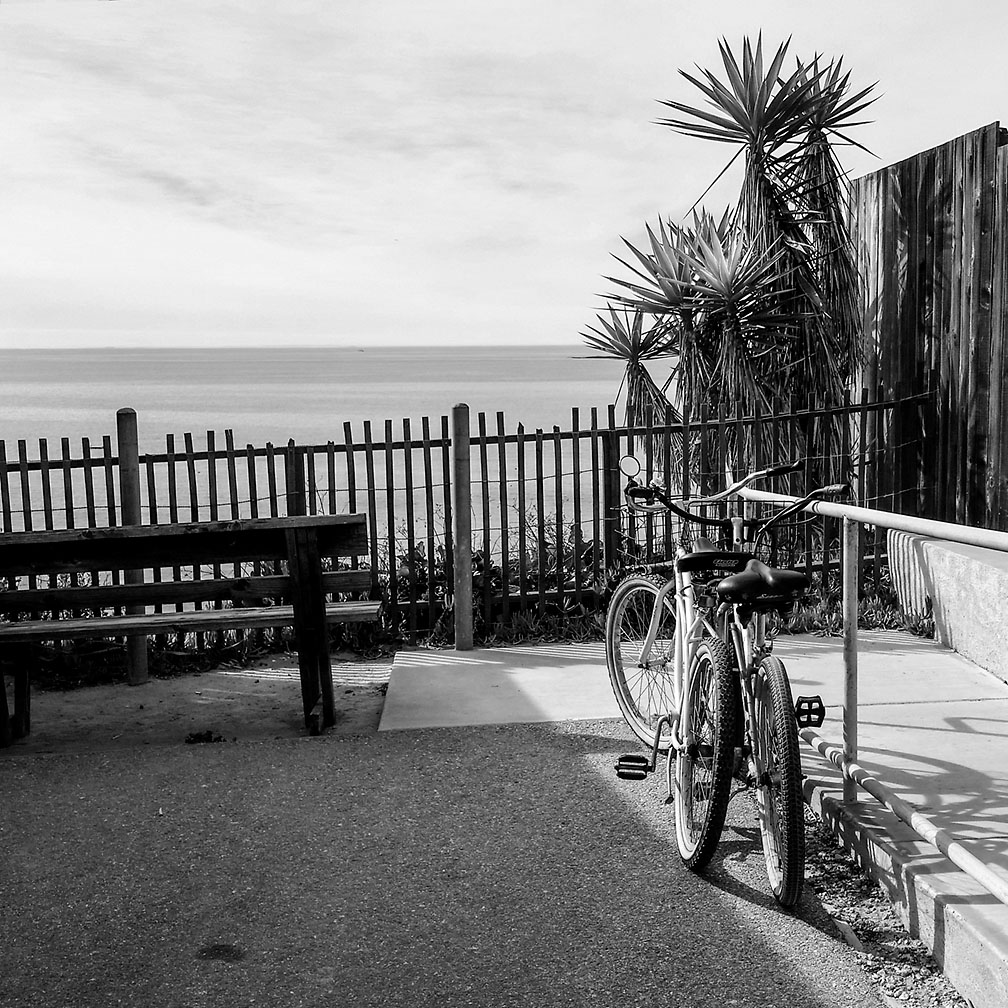 12-10-17_Resting_Bikes_overlook_110054_Crystal_Cove_CA